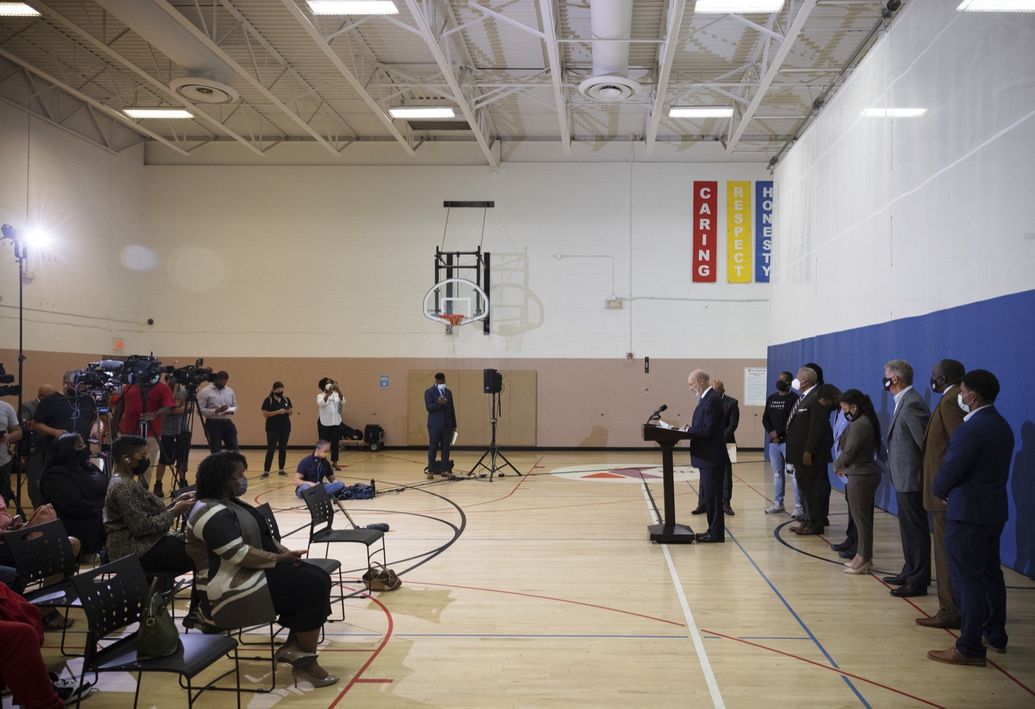 """<a href=""""https://filesource.wostreaming.net/commonwealthofpa/photo/20078_gov_gunviolence_dz_004.jpg"""" target=""""_blank"""">⇣Download Photo<br></a>Pennsylvania Governor Tom Wolf speaking with the press.  Governor Tom Wolf today joined state lawmakers to remind communities and organizations that $24 million in state funding is available to address community violence.  Philadelphia, PA - September 23, 2021"""