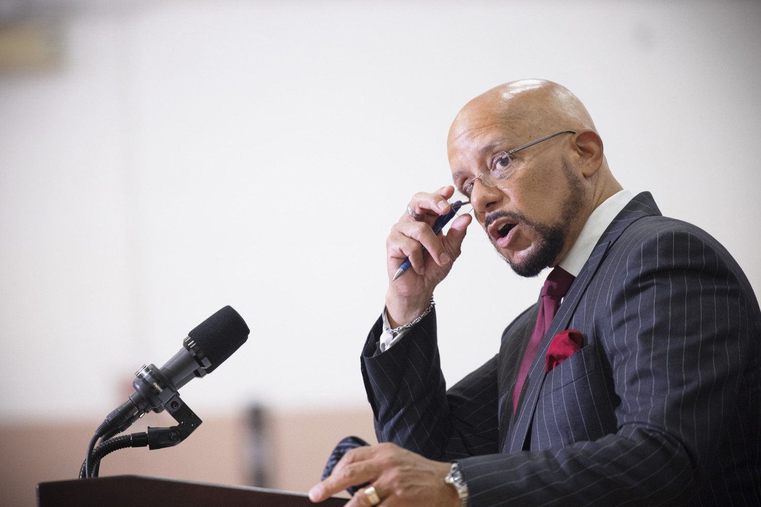 """<a href=""""https://filesource.wostreaming.net/commonwealthofpa/photo/20078_gov_gunviolence_dz_008.jpg"""" target=""""_blank"""">⇣Download Photo<br></a>Pennsylvania State Senator Vince Hughes speaking with the press.  Governor Tom Wolf today joined state lawmakers to remind communities and organizations that $24 million in state funding is available to address community violence.  Philadelphia, PA - September 23, 2021"""