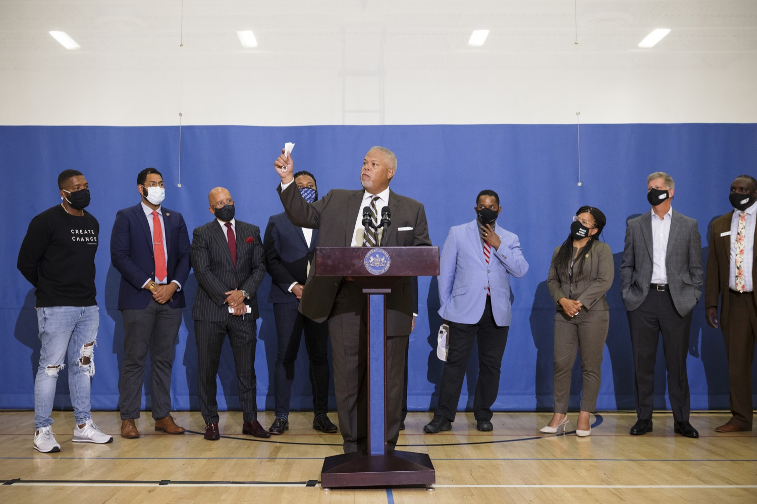 """<a href=""""https://filesource.wostreaming.net/commonwealthofpa/photo/20078_gov_gunviolence_dz_010.jpg"""" target=""""_blank"""">⇣Download Photo<br></a>Pennsylvania State Senator Senator Anthony Williams speaking with the press.  Governor Tom Wolf today joined state lawmakers to remind communities and organizations that $24 million in state funding is available to address community violence.  Philadelphia, PA - September 23, 2021"""