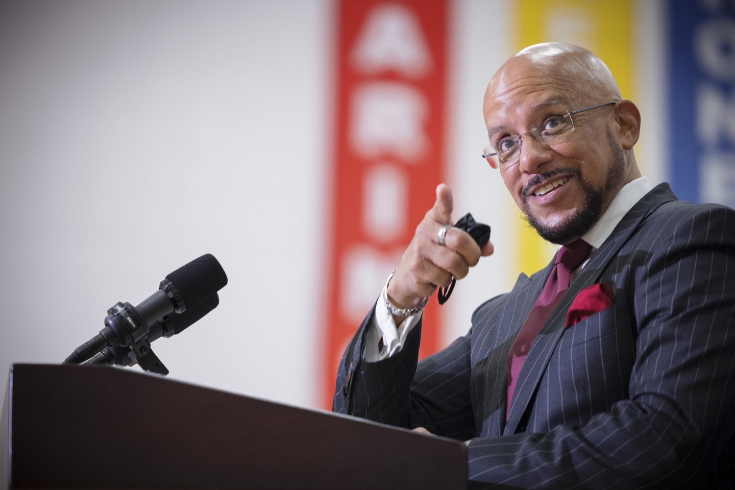 """<a href=""""https://filesource.wostreaming.net/commonwealthofpa/photo/20078_gov_gunviolence_dz_019.jpg"""" target=""""_blank"""">⇣Download Photo<br></a>Pennsylvania State Senator Vince Hughes speaking with the press.  Governor Tom Wolf today joined state lawmakers to remind communities and organizations that $24 million in state funding is available to address community violence.  Philadelphia, PA - September 23, 2021"""