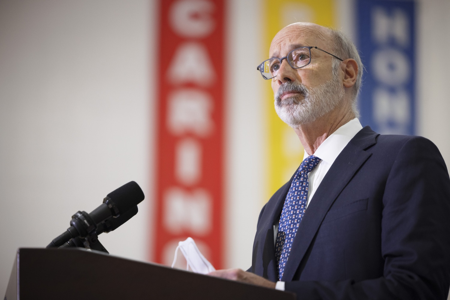 """<a href=""""https://filesource.wostreaming.net/commonwealthofpa/photo/20078_gov_gunviolence_dz_021.jpg"""" target=""""_blank"""">⇣Download Photo<br></a>Pennsylvania Governor Tom Wolf speaking with the press.  Governor Tom Wolf today joined state lawmakers to remind communities and organizations that $24 million in state funding is available to address community violence.  Philadelphia, PA - September 23, 2021"""