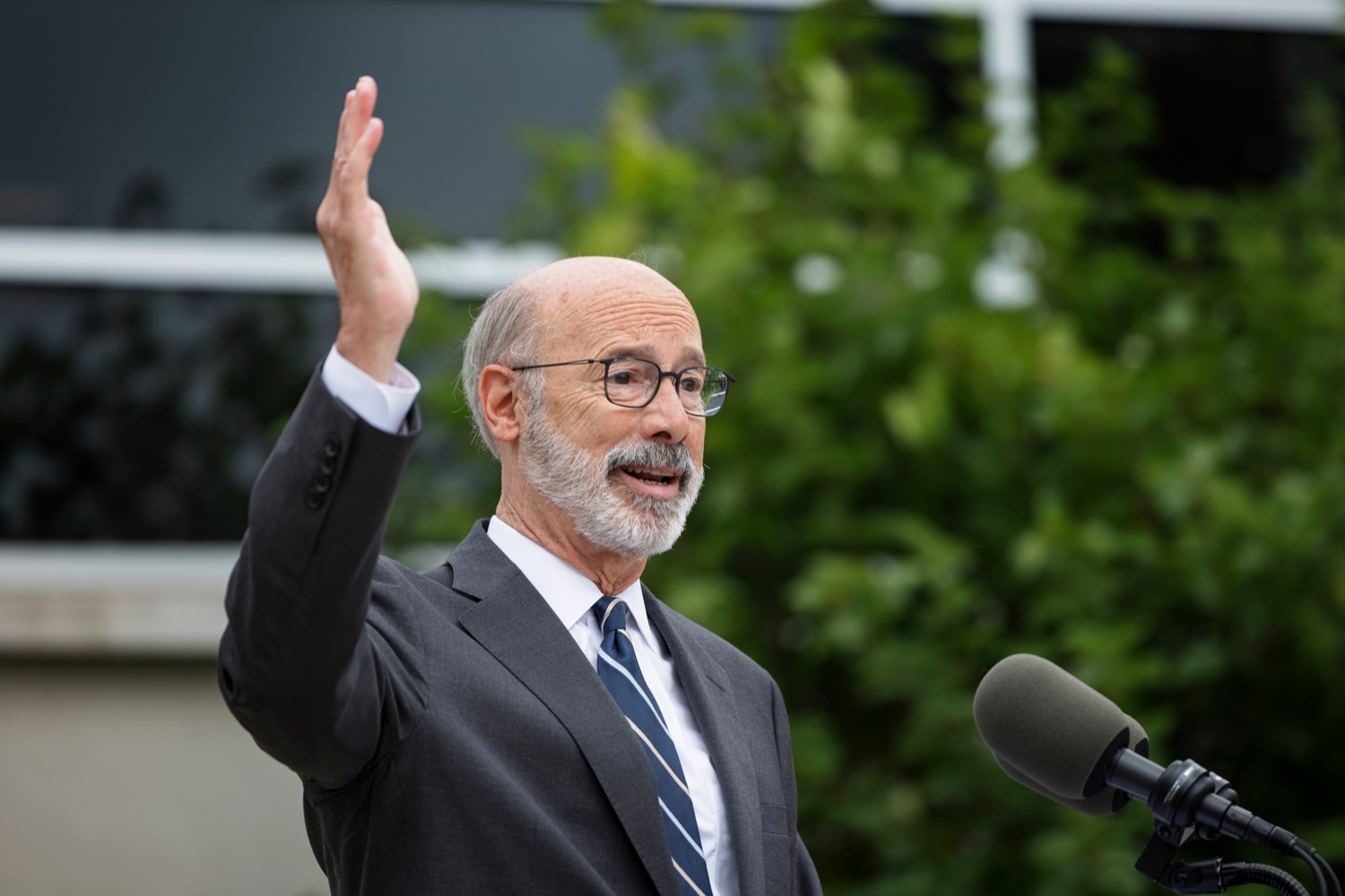 """<a href=""""https://filesource.wostreaming.net/commonwealthofpa/photo/20119_GOV_Vaccines_NK_011.jpg"""" target=""""_blank"""">⇣Download Photo<br></a>PA Governor Tom Wolf speaks during a press conference, which encouraged eligible Pennsylvanians who are not yet vaccinated to take advantage of their upcoming community COVID-19 vaccine clinic in partnership with the Zeta Theta Lambda Chapter of Alpha Phi Alpha fraternity, outside Hamilton Health Center in Harrisburg on Wednesday, October 6, 2021. The clinic will run on Saturday, October 9, COVID-19 vaccinations will be offered from 10am  2pm at Hamilton Health Center, 100 S. 17th St., Harrisburg, PA 17104."""