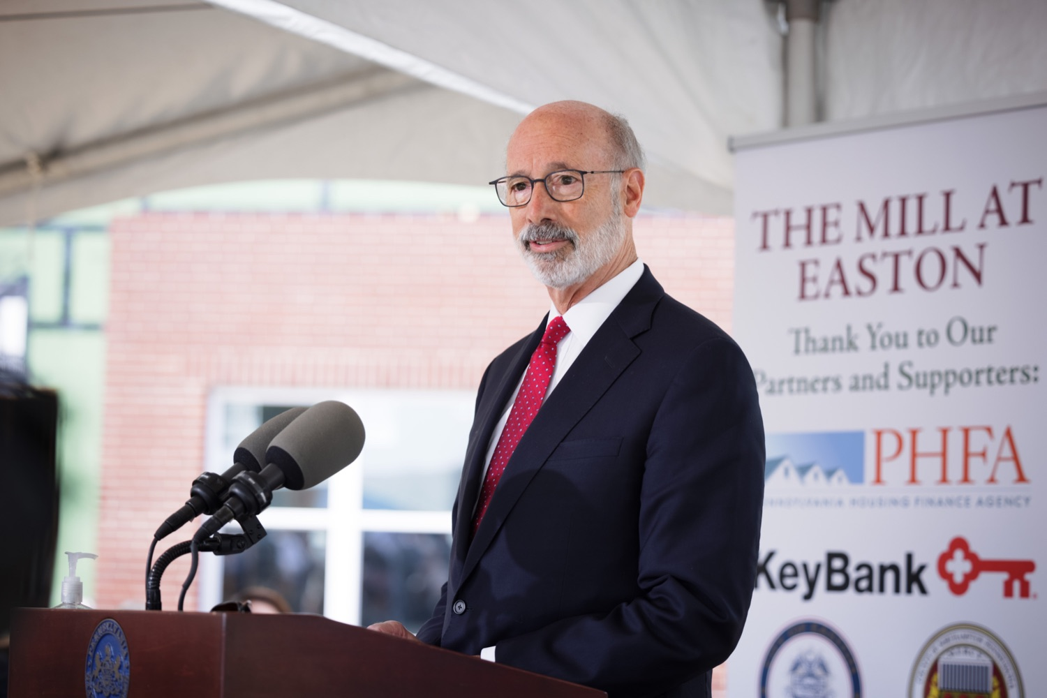 """<a href=""""https://filesource.wostreaming.net/commonwealthofpa/photo/20125_gov_economicDevelopment_dz_014.jpg"""" target=""""_blank"""">⇣Download Photo<br></a>Pennsylvania Governor Tom Wolf speaking with the press.  Governor Tom Wolf today visited the City of Easton to highlight millions of dollars in state investments in several economic development projects that are revitalizing formerly vacant and blighted properties.  Easton, PA   October 8, 2021."""