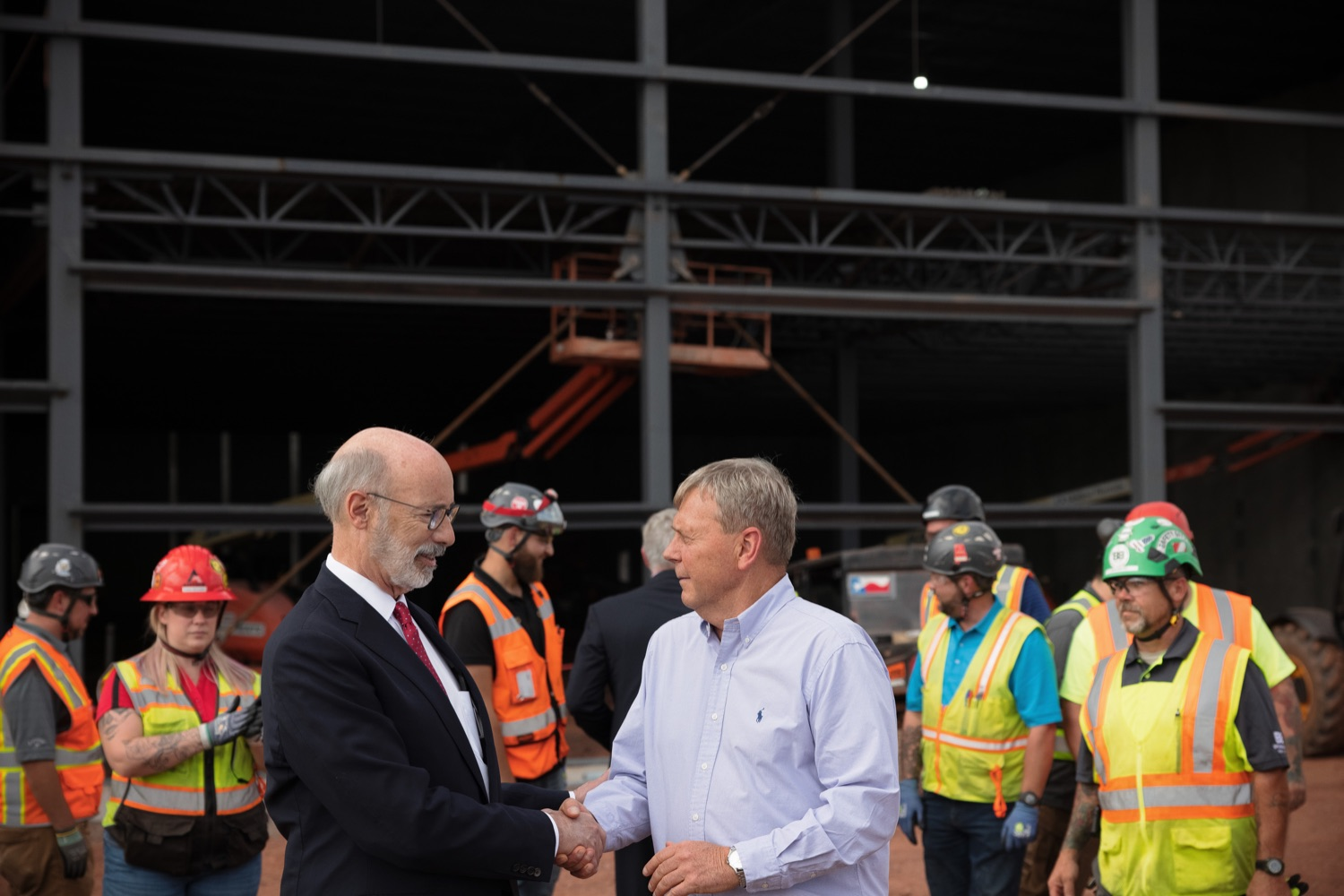 """<a href=""""https://filesource.wostreaming.net/commonwealthofpa/photo/20126_gov_economicDevelopment_dz_005.jpg"""" target=""""_blank"""">⇣Download Photo<br></a>Pennsylvania Governor Tom Wolf tours the site.  Governor Tom Wolf joined Clemens Food Group leaders, Agriculture Secretary Russell Redding, Sen. Maria Collett, Rep. Steve Malagari and members of the Governors Action Team today to tour the construction of the companys new facility in Montgomery County. The Wolf Administration supported the project which will expand the business operations and create new jobs in the region. Hatfield, PA   October 8, 2021"""