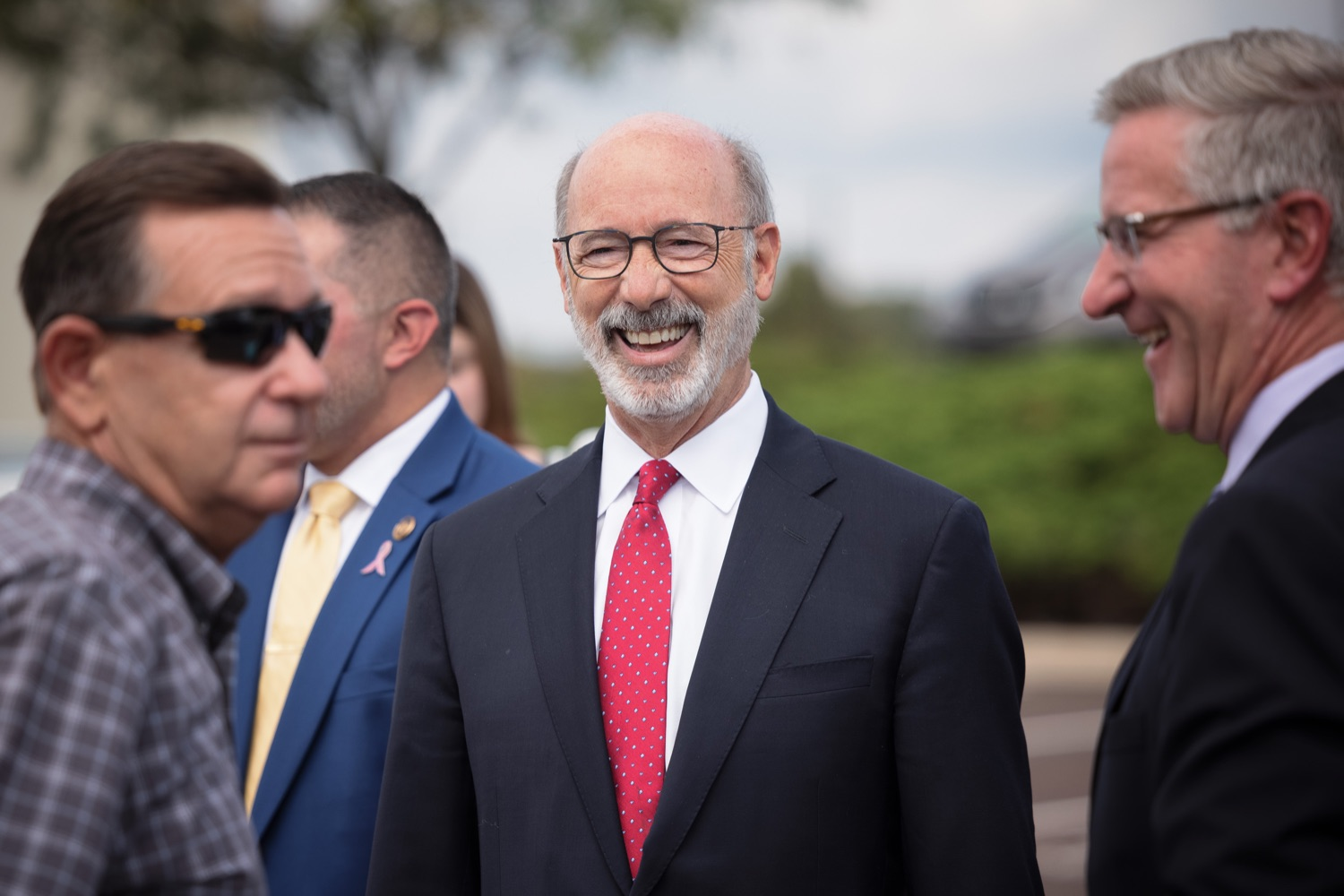 """<a href=""""https://filesource.wostreaming.net/commonwealthofpa/photo/20126_gov_economicDevelopment_dz_013.jpg"""" target=""""_blank"""">⇣Download Photo<br></a>Pennsylvania Governor Tom Wolf tours the site.  Governor Tom Wolf joined Clemens Food Group leaders, Agriculture Secretary Russell Redding, Sen. Maria Collett, Rep. Steve Malagari and members of the Governors Action Team today to tour the construction of the companys new facility in Montgomery County. The Wolf Administration supported the project which will expand the business operations and create new jobs in the region. Hatfield, PA   October 8, 2021"""
