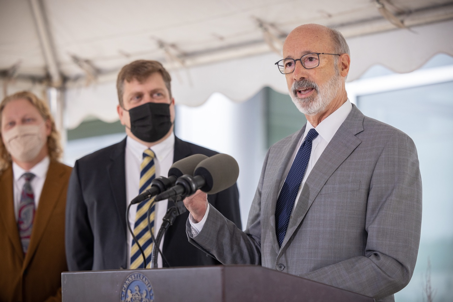 """<a href=""""https://filesource.wostreaming.net/commonwealthofpa/photo/20138_gov_BioTechniqueRibbon_dz_014.JPG"""" target=""""_blank"""">⇣Download Photo<br></a>Pennsylvania Governor Tom Wolf speaking with the press.  Governor Tom Wolf today joined BioTechnique CEO John Clapham, the Department of Community and Economic Developments (DCED) Governors Action Team (GAT), York County Economic Alliance CEO Kevin Schreiber, and local officials at the ribbon cutting ceremony for BioTechniques new pharmaceutical manufacturing facility in York County.   OCTOBER 12, 2021 - YORK, PA"""