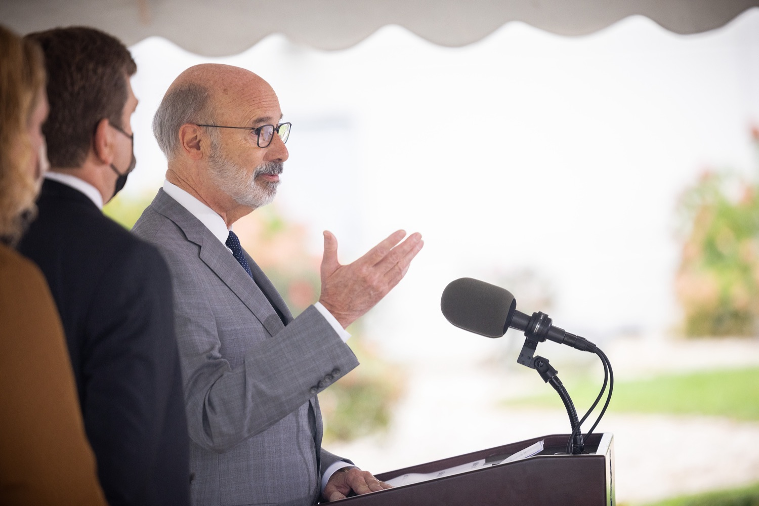 """<a href=""""https://filesource.wostreaming.net/commonwealthofpa/photo/20138_gov_BioTechniqueRibbon_dz_015.JPG"""" target=""""_blank"""">⇣Download Photo<br></a>Pennsylvania Governor Tom Wolf speaking with the press.  Governor Tom Wolf today joined BioTechnique CEO John Clapham, the Department of Community and Economic Developments (DCED) Governors Action Team (GAT), York County Economic Alliance CEO Kevin Schreiber, and local officials at the ribbon cutting ceremony for BioTechniques new pharmaceutical manufacturing facility in York County.   OCTOBER 12, 2021 - YORK, PA"""