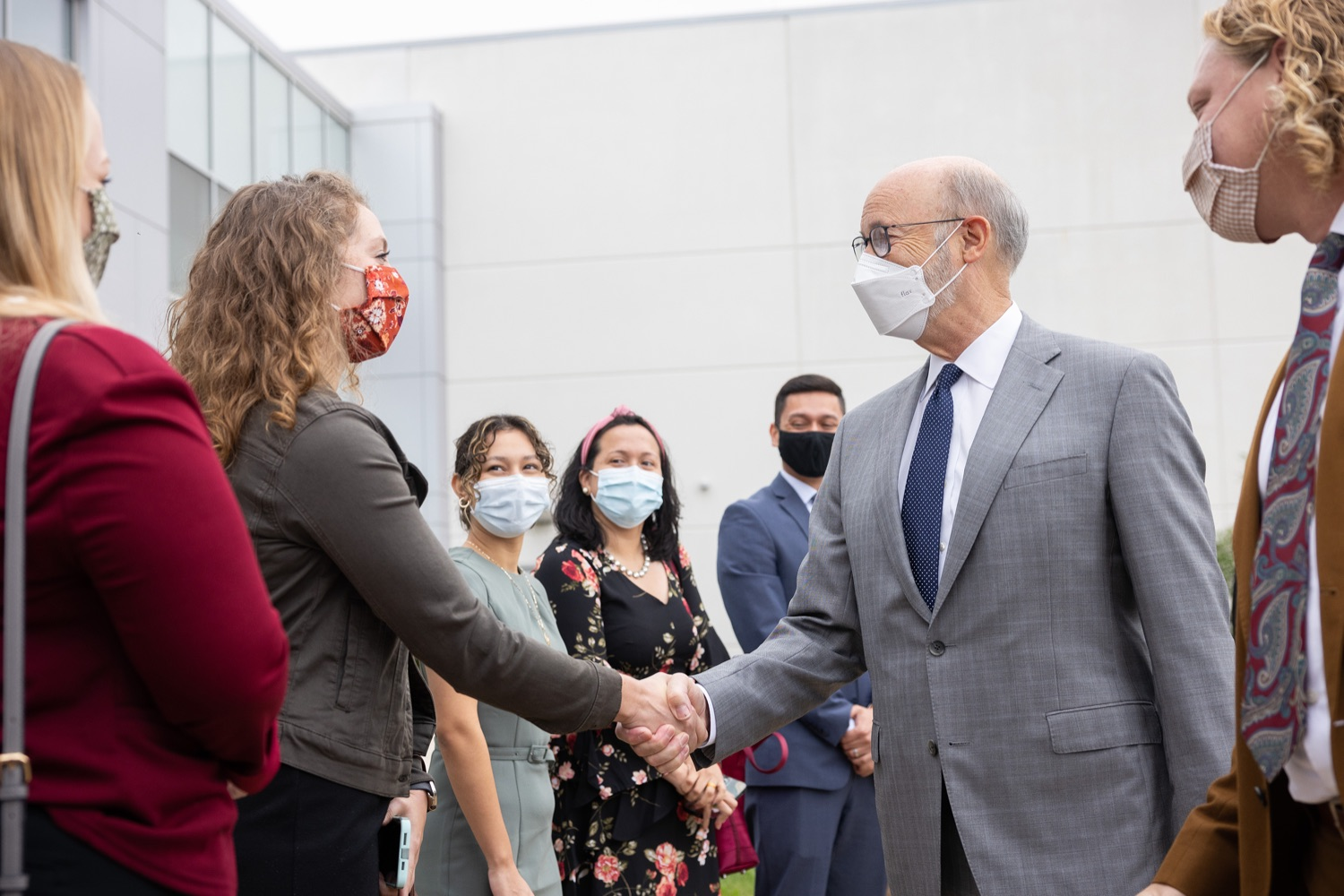 """<a href=""""https://filesource.wostreaming.net/commonwealthofpa/photo/20138_gov_BioTechniqueRibbon_dz_020.JPG"""" target=""""_blank"""">⇣Download Photo<br></a>Pennsylvania Governor Tom Wolf greeting BioTechnique employees.Governor Tom Wolf today joined BioTechnique CEO John Clapham, the Department of Community and Economic Developments (DCED) Governors Action Team (GAT), York County Economic Alliance CEO Kevin Schreiber, and local officials at the ribbon cutting ceremony for BioTechniques new pharmaceutical manufacturing facility in York County.   OCTOBER 12, 2021 - YORK, PA"""
