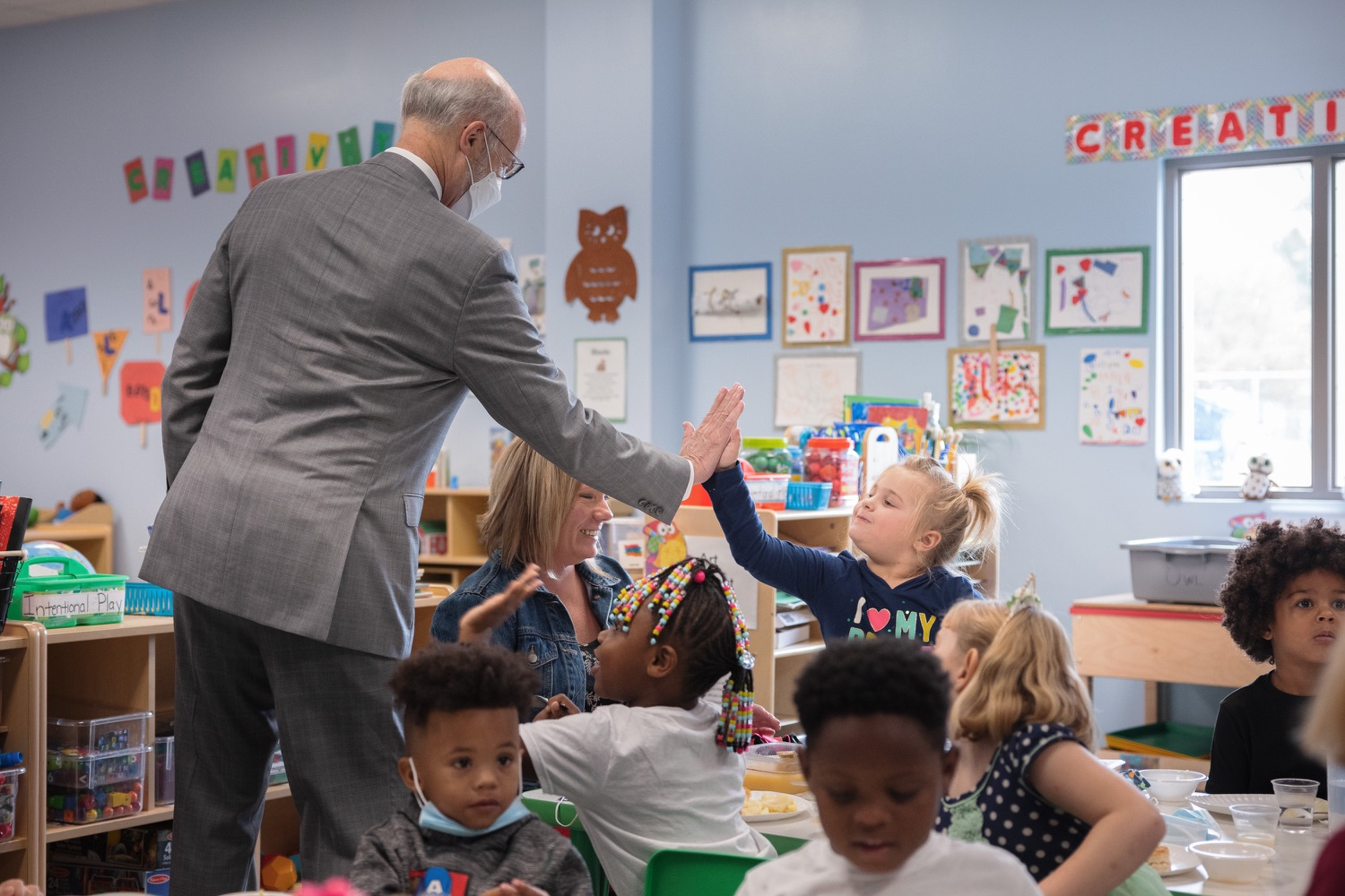 """<a href=""""https://filesource.wostreaming.net/commonwealthofpa/photo/20139_gov_childcare_dz_024.jpg"""" target=""""_blank"""">⇣Download Photo<br></a>Pennsylvania Governor Tom Wolf taking a tour of the Gilson Child Development Center.  Governor Tom Wolf today visited Gilson Child Development Center in Erie to celebrate the $30 million increase in state funding to expand early childhood learning to more than 3,200 additional young children and the $655 million available in federal funding to stabilize childcare providers during the pandemic.  Erie, PA  October 12, 2021"""