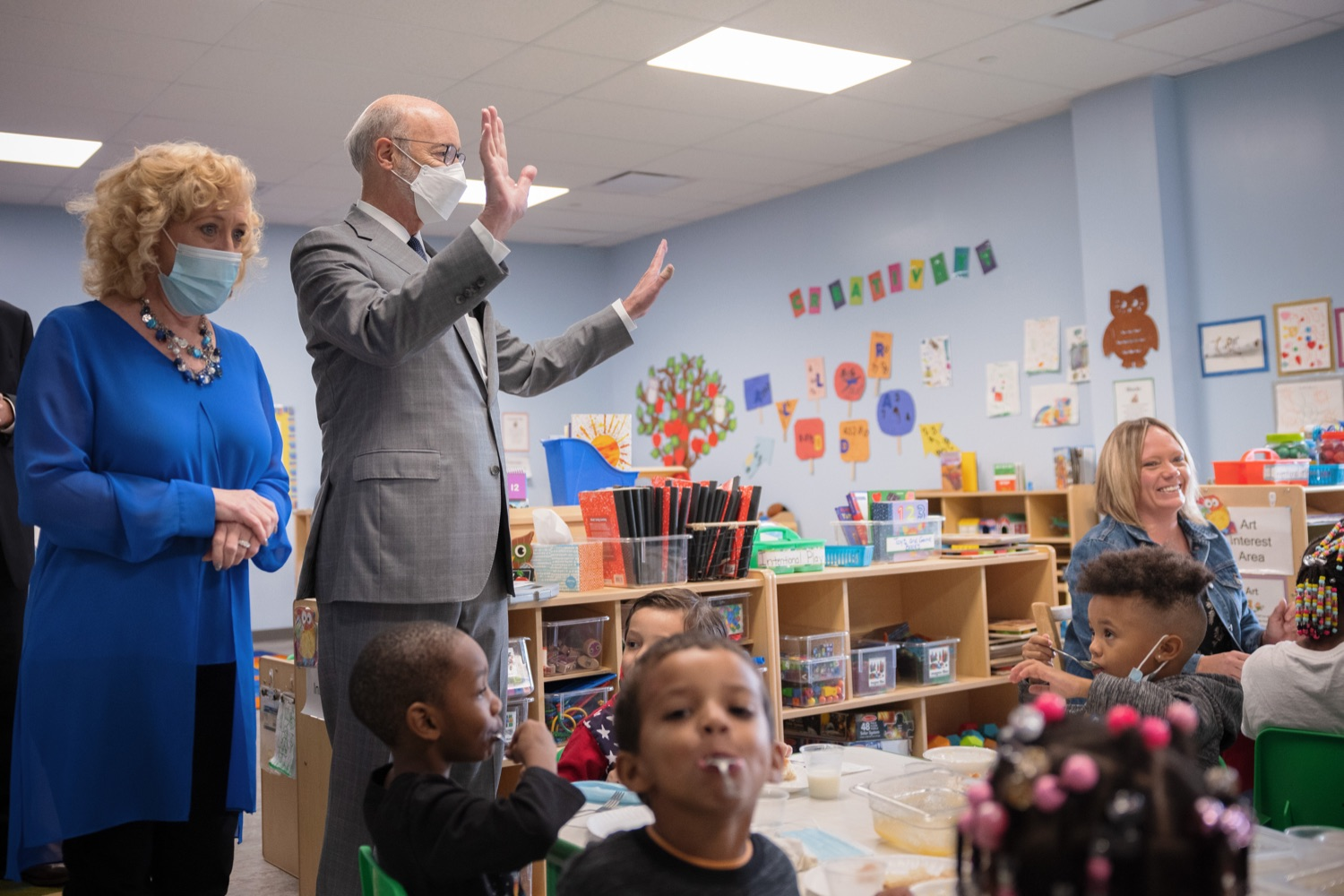 """<a href=""""https://filesource.wostreaming.net/commonwealthofpa/photo/20139_gov_childcare_dz_037.jpg"""" target=""""_blank"""">⇣Download Photo<br></a>Pennsylvania Governor Tom Wolf and Rina Irwin, CEO, Child Development Centers taking a tour of the Gilson Child Development Center.  Governor Tom Wolf today visited Gilson Child Development Center in Erie to celebrate the $30 million increase in state funding to expand early childhood learning to more than 3,200 additional young children and the $655 million available in federal funding to stabilize childcare providers during the pandemic.  Erie, PA  October 12, 2021"""